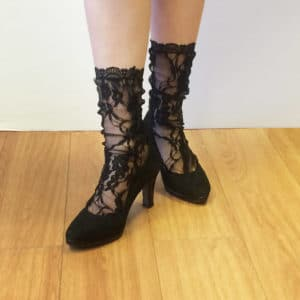 Black lace socks in strecth lace with lace edges