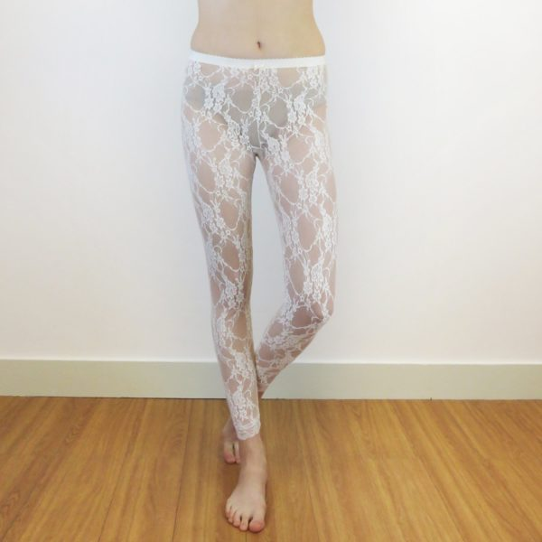 Sheer leggings in white lace