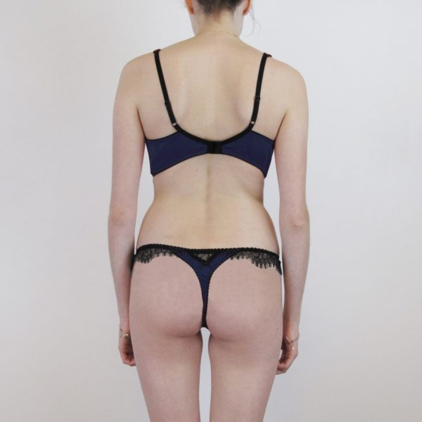 Lingerie set plus size bra and tong in navy silk and lace