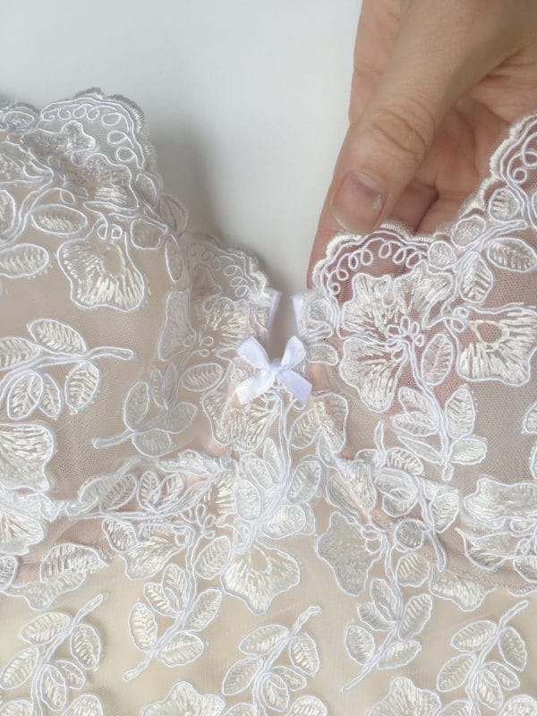 White luxury handmade bra in calais lace front details