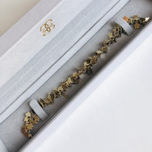 Bracelet chain flower