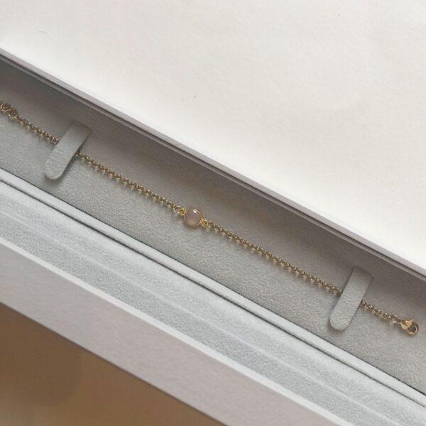 Pink Semi precious stone bracelet in gold giftbox