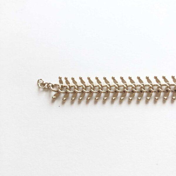 Fancy bracelet gold closure