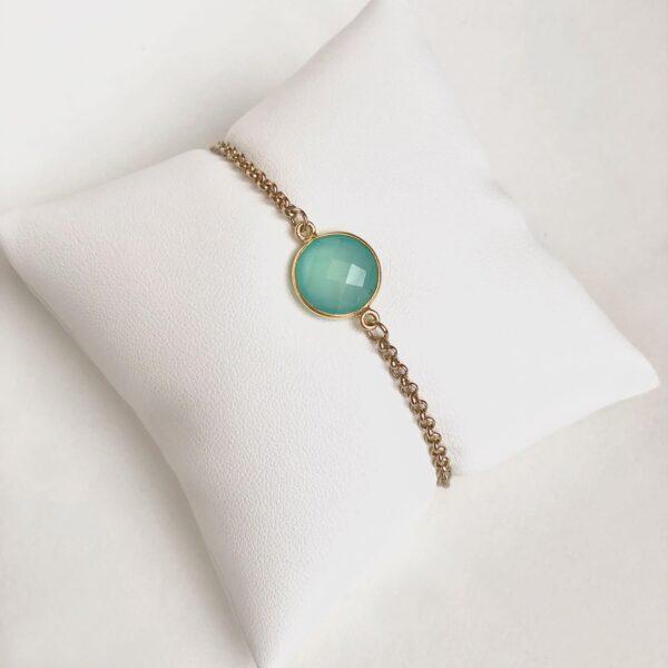 Gold jewelry bracelet wuth semi-precious stone