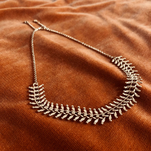 Gold platted fancy necklace